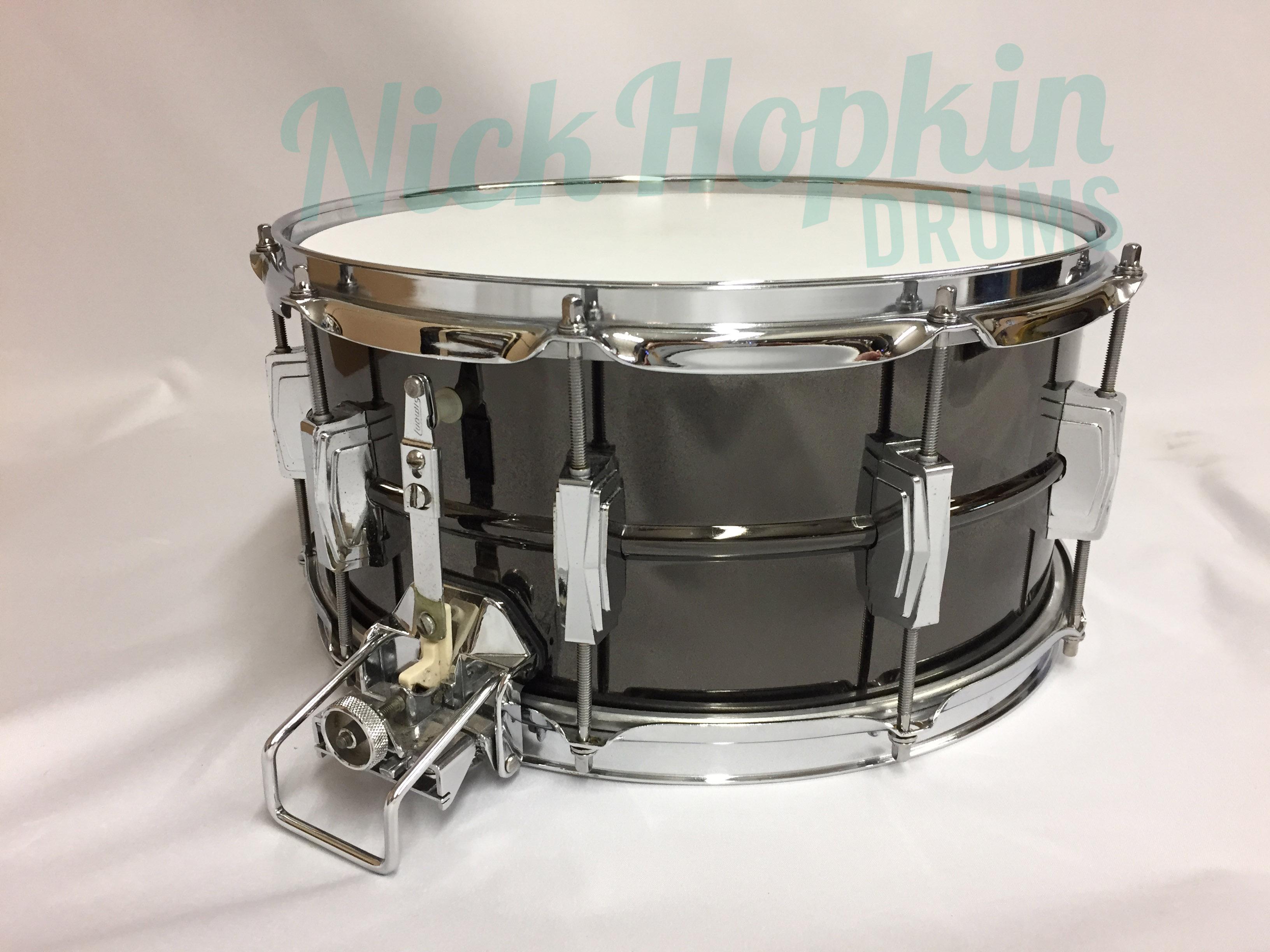 snare of the day vintage drums legendary sounds. Black Bedroom Furniture Sets. Home Design Ideas